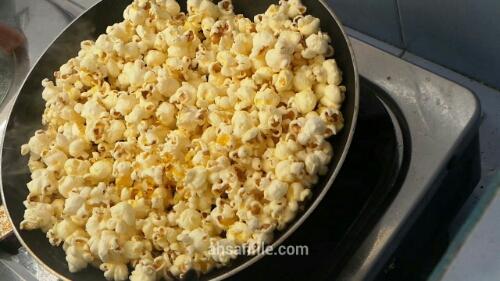 Langkah-langkah / Cara membuat popcorn gurih enak asin sendiri di rumah – Beserta gambar dan video!