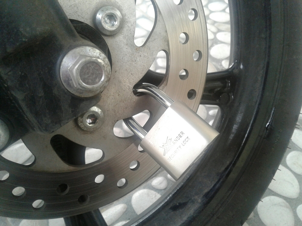 Apakah aman menggunakan untuk kunci ganda motor?